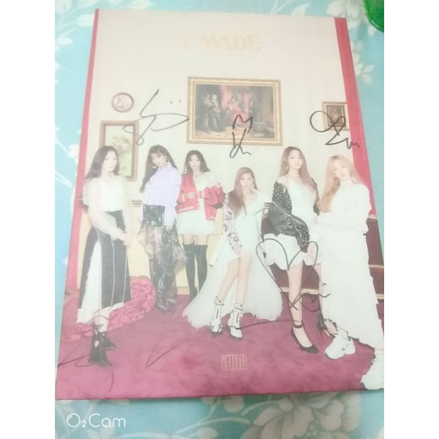 (G)I-DLE 簽專