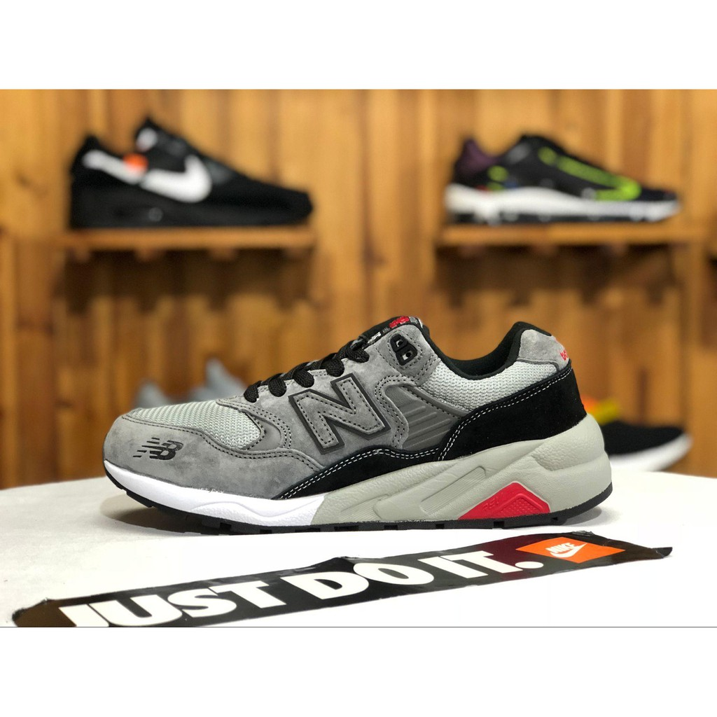 New BalanceNB經典復古慢跑鞋 MRT580GK