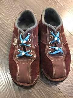 🚚 soleRebels 休閒鞋 輪胎鞋底耐用 39