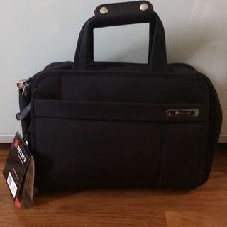 REDUCED!! Delsey Deluxe Personal Bag