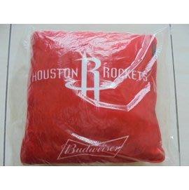 百威聯名X NBA經典絨毛抱枕