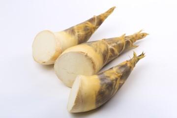 阿財綠竹筍 生鮮帶殼綠竹筍(優級) 4台斤(12~20支)