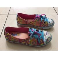 Skechers女童彩虹燈鞋帆布鞋