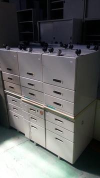 桃園國際二手貨----三抽櫃 活動櫃 三層櫃 OA文件櫃 資料櫃  鐵櫃