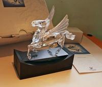 【開心坊】SWAROVSKI施華洛世奇 全套1998年集限量收藏品神話動物 飛天馬,有設計師簽名,狀況完美,含展示牌、座