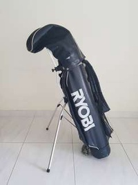 Golf Bag with tripod