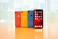 ** SEPT $100 SALE COUPON ** NEW Apple iPhone XR 128GB 256GB 1 Year SG Local Warranty