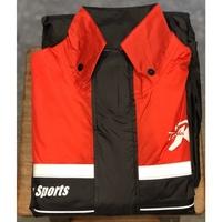 《比帽王》天德牌雨衣 R5 兩件式雨衣(上衣輕薄+側開式背包)紅 隱藏式雨鞋套 天德牌 新R2 進階版 雨衣