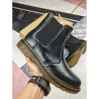 熱賣新款Dr. Martens 馬丁大夫 Dr. Martens的Air Wair鞋
