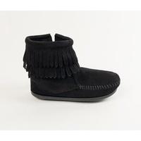 Minnetonka 莫卡辛兒童款-麂皮雙層流蘇短靴