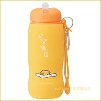 asdfkitty可愛家☆蛋黃哥輕量矽膠水壺/水瓶-500ML-可折疊.好收納.隨身好攜帶-日本正版商品