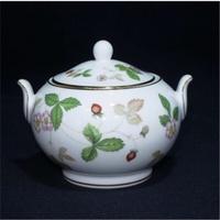 降‼️57折 Wedgwood 野草莓 野莓 草莓系列 下午茶 有蓋糖罐(小)置物罐 糖果罐 小物罐 收納 全新
