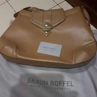 (BN) Braun Buffel Hand Bag