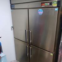 二手 四門白鐵冷凍冰箱櫃(可議)