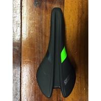 全新 公司貨 捷安特 GIANT CONTACT SL FORWARD 前傾型不鏽鋼弓坐墊/座墊  黑綠色