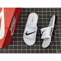 2019夏季款Nike Benassi Swoosh 耐吉全氣墊拖鞋 黑白配色 男拖鞋