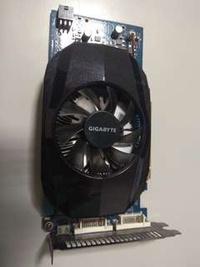 技嘉顯示卡Gts450 1g