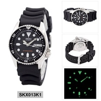 Seiko Automatic Diver's Black Stainless-Steel Case Rubber Strap Mens SKX013K1