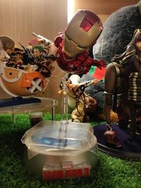 Beast Kingdom   Egg attack - Magnetic Floating Iron Man Mark III