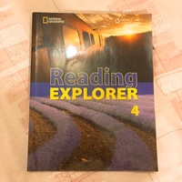 約九成新。Reading Explorer 4 ISBN:9781424029396
