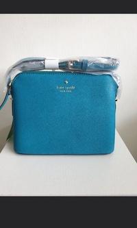🚚 Kate spade sling bag