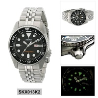Seiko Automatic Diver's Silver Stainless-Steel Case Stainless-Steel Bracelet Mens SKX013K2