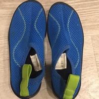 迪卡儂兒童溯溪鞋,沙灘鞋,浮潛專用,適合16-17cm穿