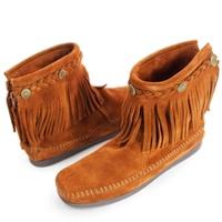 MINNETONKA 咖啡色麂皮後拉鍊流蘇莫卡辛短靴 女鞋