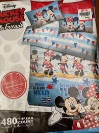 🚚 Brand new Akemi Mickey Mouse bedsheets Ser