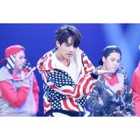 【:))】JungKook 田柾國 BTS Baekhyun 邊伯賢 EXO 同款 國旗 星星 印花 連帽 外套 夾克