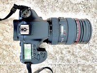 Canon DSLR Camera with Lens, Tripod and Carrying Bag