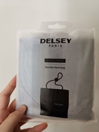 🚚 Delsey security neck bag
