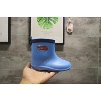 【阿拉蕾】日本兒童雨鞋輕便無束縛嬰幼兒雨鞋防滑無毒