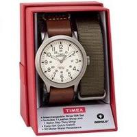 Timex ผู้ชาย TWG016100 EXPEDITION Scout 43 สีน้ำตาลหนังสายรัดนาฬิกาชุดของขวัญพร้อมสายคล้องไนล่อน- นานาชาติ