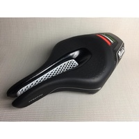 (恐龍單車)義大利selle ITALIA IRON TEKNO FLOW S,三鐵/計時車 頂級義大利座椅輕量透氣