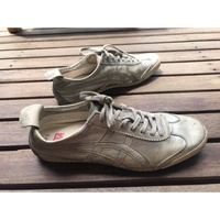 Onitsuka tiger nippon made Maxico 66 Silver.  หนังจิงโจ้ made in japan มือสอง  Size 42.5
