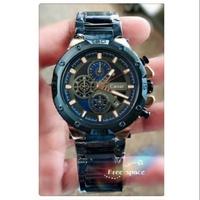 凱撒王三眼手錶