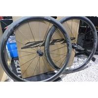 【亞馬遜單車工坊】ZIPP 303 NSW Carbon Clincher 輪組
