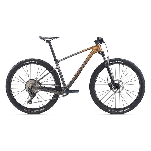 GIANT | XTC Advanced carbon fiber mountain bike