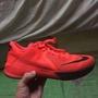 Kobe 低筒籃球鞋