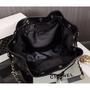小香 Chanel 新款專櫃VIP贈品禮 質感超優 水桶包 手提手拿托特萬用包包