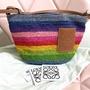 99.9新 Loewe 小彩虹包 相機包 編織包