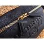 櫻子香港代購 Burberry 巴寶莉腰包 男女同款包包 戰馬斜背包  腰包 進口小牛皮  側背包