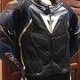 售 丹尼斯dainese 兩節式式皮衣 48號 8成新