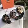 Joan代購 Lamborghini藍寶堅尼 手錶 黑色皮帶計時石英男錶 三角異形大錶盤日曆防水運動 男士腕錶 少量現貨