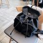 PRADA 普拉達 後背包 男女同款 尼龍雙肩包 單肩包 手提包 書包 旅行包 抽繩束口包