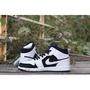 現貨  sneaker-Air jordan 1 Mid 黑白 554724 113