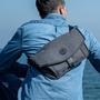 《一週破盤價》澳洲 ALPAKA Alpha Sling & Messenger 輕巧防水多功能隨身包 挑戰最輕平板包