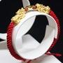 世紀白金 3D硬金純金999-女生招財貔貅金元寶紅繩編織手鍊(紅色)