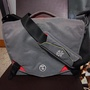 Crumpler seven million dollar home shoulder bag for DSLR camera